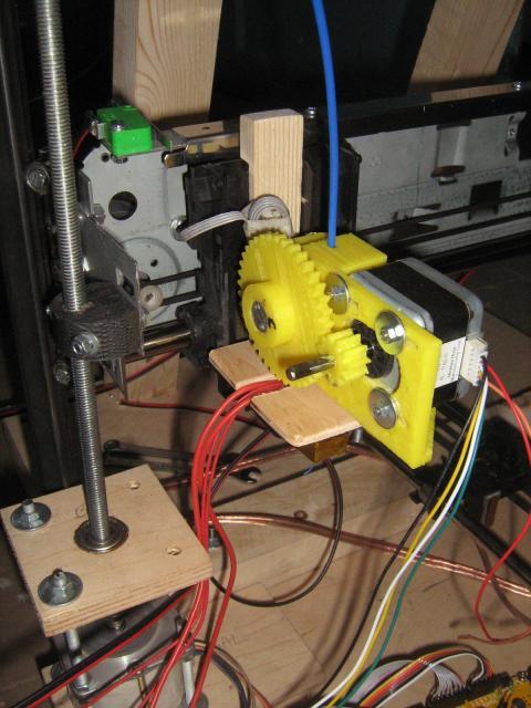 3D nyomtatófej beépítve
