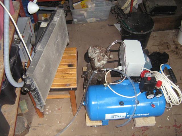 Kompresszor az összeépítendő Opel Kadett hűtővel