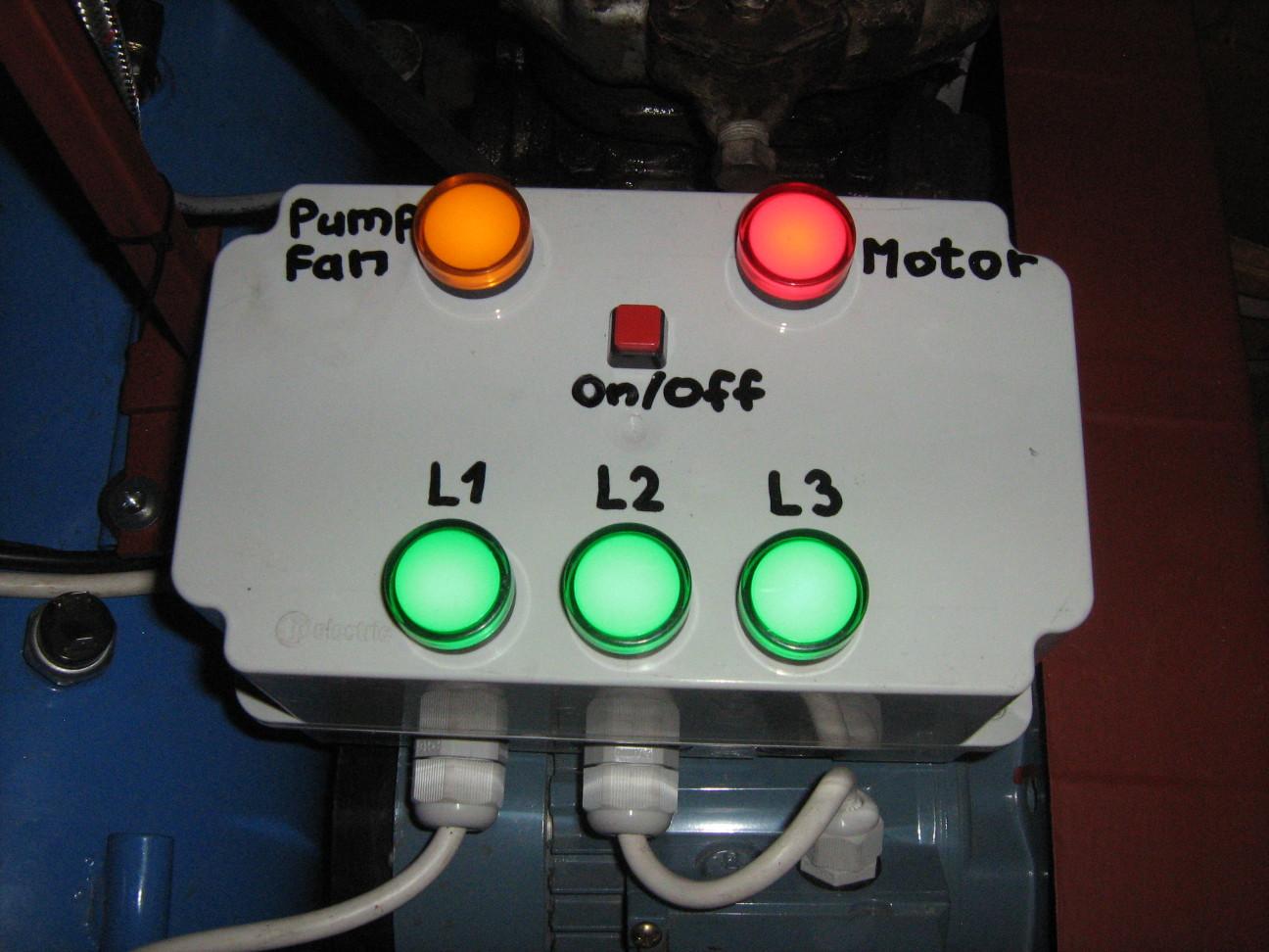 Kompresszor visszajelző lámpák