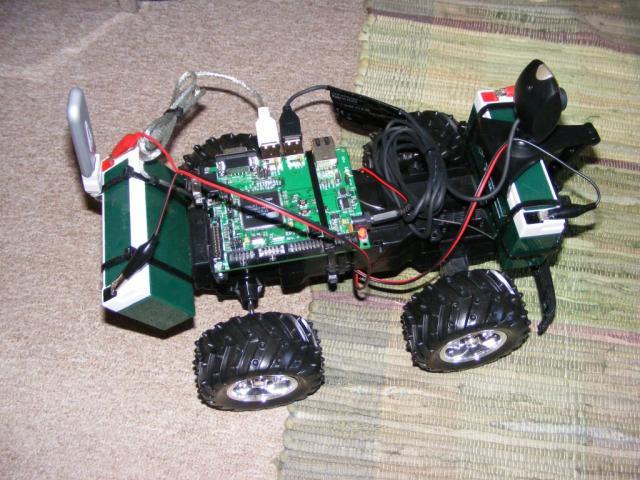 QuadRobi - kamerás autó